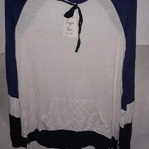 Color Blocked Pullover Hoodie